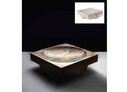 """""""Palais"""" centerpiece, marble Perle de nacre, L 40 x H 15 x P 40 cm, Limited edition."""