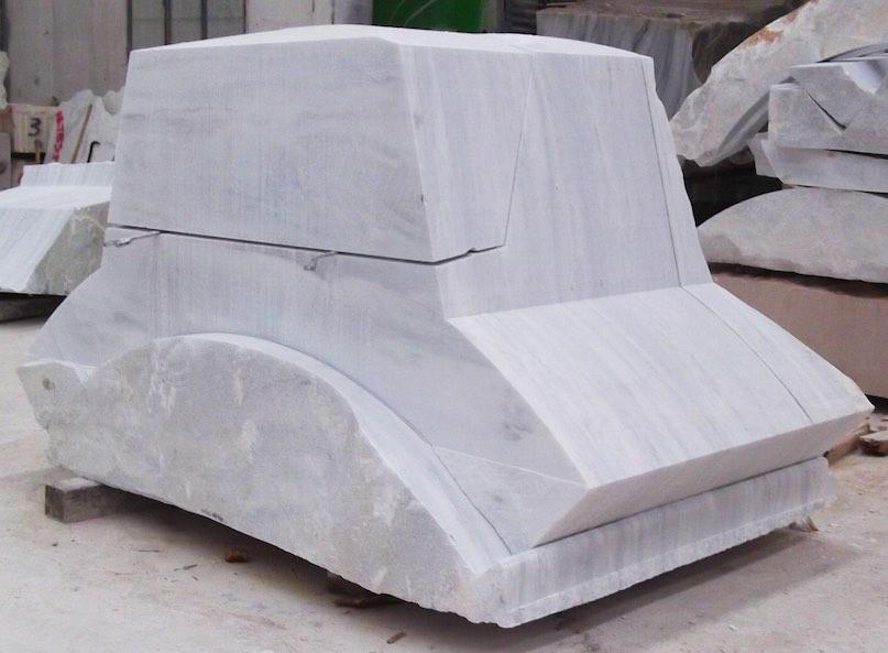 El gigante atlas les env a saludos en macael se ha for Mortero de marmol