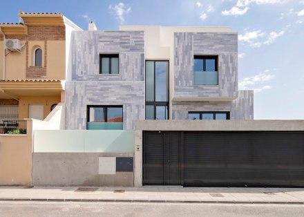 Arias Recalde taller de arquitectura: Spanish Terrace House.
