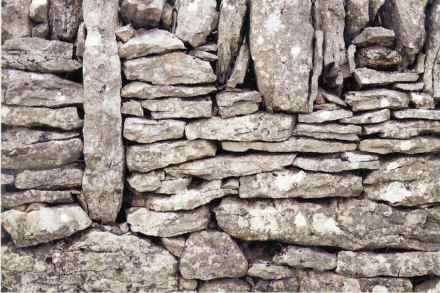 Category Exterior Design, 2nd Prize: Jean-Pierre Gallos, dry stone wall, Balsiège (Lozère).