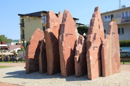 """Na categoria escultura o prêmio principal foi para """"Coroa do Himalaia""""."""