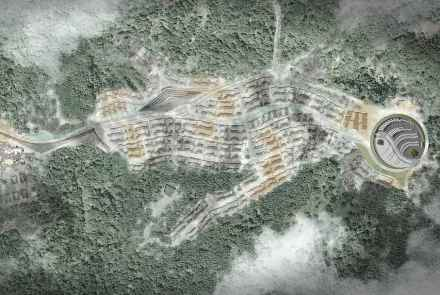 Toda a instalação se estende pelo meio do bosque e sobre um promontório do monte Yunfeng.
