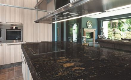 Barocco granite: Its black background with brown veins provides elegance and exclusiveness, creating a unique environment wherever it is added.