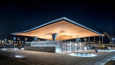 Tengbom architects: La estación de trenes de la ciudad portuaria de Helsingborg dispone de un llamativo nuevo acceso por el lado sur.