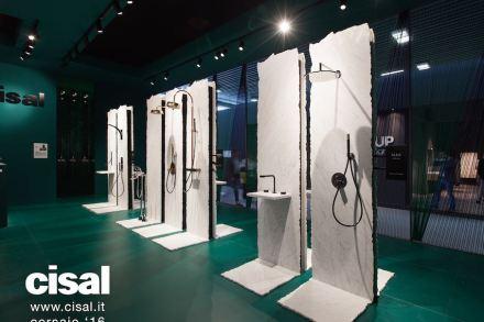 "Designer Karim Rashid chose marble for the presentation of his design for <a href=""http://www.cisal.it/""target=""_blank"">Cisal</a>."