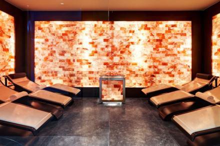 Marco Piva: Hotel Excelsior Gialla. O salão de talassoterapia, onde sais e essências de óleo se misturam ao vapor de água.