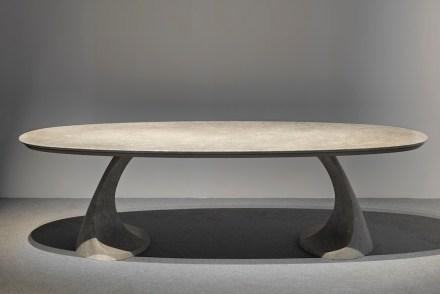 PEDRA by: Massimo Iosa Ghini, Company: Grassi Pietre, Material: Pietra di Vicenza.
