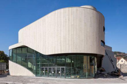 1. Preis: Arbeitsgemeinschaft Hascher Jehle Architektur / Mitiska Wägerarchitekten: Montforthaus.
