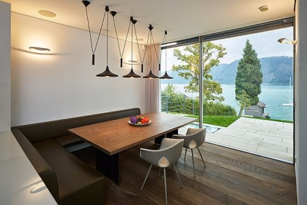 Backraum Architektur: private dwelling at the Attersee.