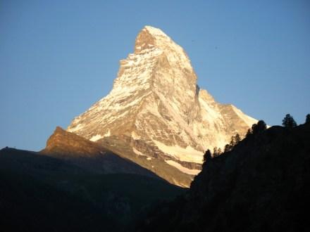 Stein-Emotionen bis zum Anschlag: zum Beispiel das Matterhorn, in den Schweizer Alpen. Foto: Andrew Bossi / Wikimedia Commons