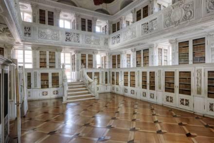 Bibliothek der ehemaligen Benediktinerabtei Amorbach. Foto: Roland Rossner, Deutsche Stiftung Denkmalschutz