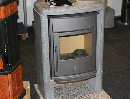 Soapstone is often used as heat storage around modern furnaces. Photo: Peter Becker