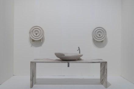 """""""Sea Bath""""; Design: Roberto Semprini; Companies: Ramella Graniti + Gruppo Tosco Marmi; Material: Palissandro Classico, Palissandro Blu Nuvolato."""