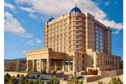 Ararat travertine: Hotel Rixos in Kazahstan.