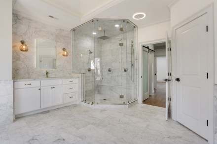 PANTERA BIANCA marble from Temmer.