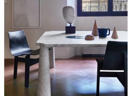 "Angelo Mangiarotti: ""Eros"" table (1973)."