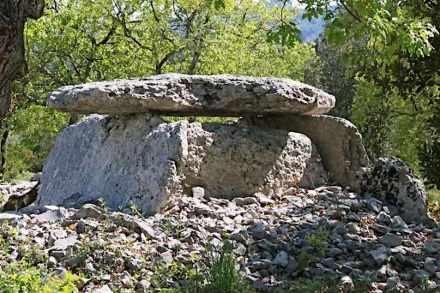 Dolmens et Patrimoine de Labeaume. Foto: Webpage