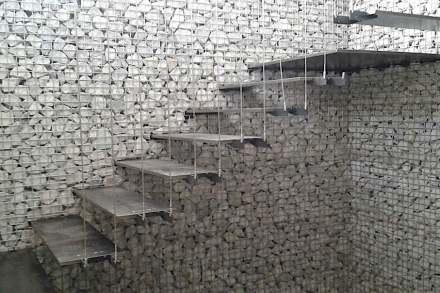 Zanettin: Acero y piedra.