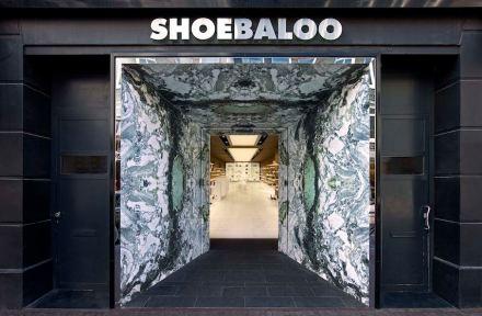 MVSA Architets: Shoebaloo's flagship store in Amsteram's PC Hoofstraat after refurbishment.