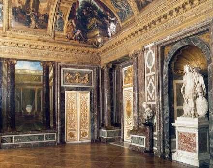 The Venus Salon at Versailles. Photo: RMN / Wikimedia Commons