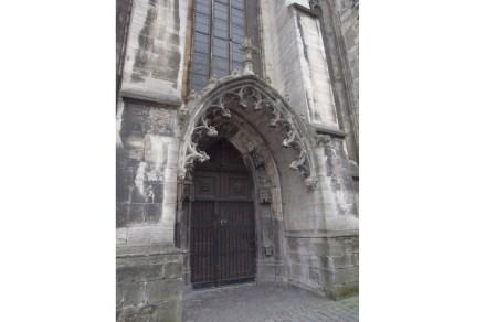 Portal in der Steinfassade. Foto: DSD / Wegner
