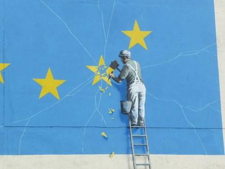 "Brexit: Wandbild in Dover. Foto: Immanuel Giel / <a href=""https://commons.wikimedia.org/""target=""_blank"">Wikimedia Commons</a>"