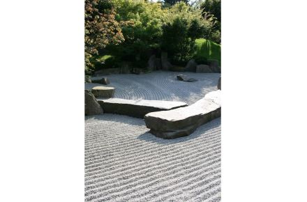 Zen-garden: gardening as a means for meditation.