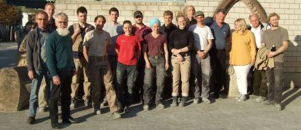 Die Teilnehmer im Wettbewerb Profis Leisten Was (PLW) mit Jury und Organisator Ulrich Fay.