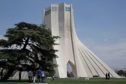 "Azadi Tower, Tehran. Foto: Mehdi nasiri1363 / <a href=""https://commons.wikimedia.org/""target=""_blank"">Wikimedia Commons</a>"