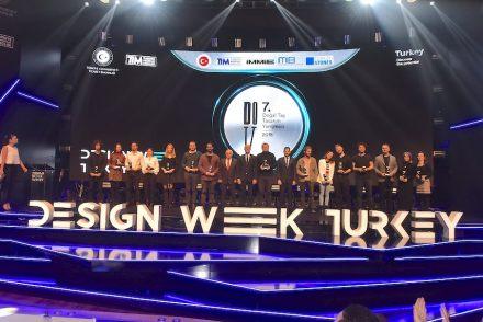 Preisverleihung während der Design Week Turkey.