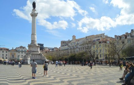 """Lisbon is famous for its stone pavements of squares and streets, the """"Calçada Portuguesa"""". Photo: Michael Gaylard / <a href=""""https://commons.wikimedia.org/""""target=""""_blank"""">Wikimedia Commons</a>"""