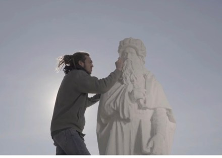 Video by Edoardo Delille: Screenshot of final works at the copy of the statue showing Leonardo da Vinci