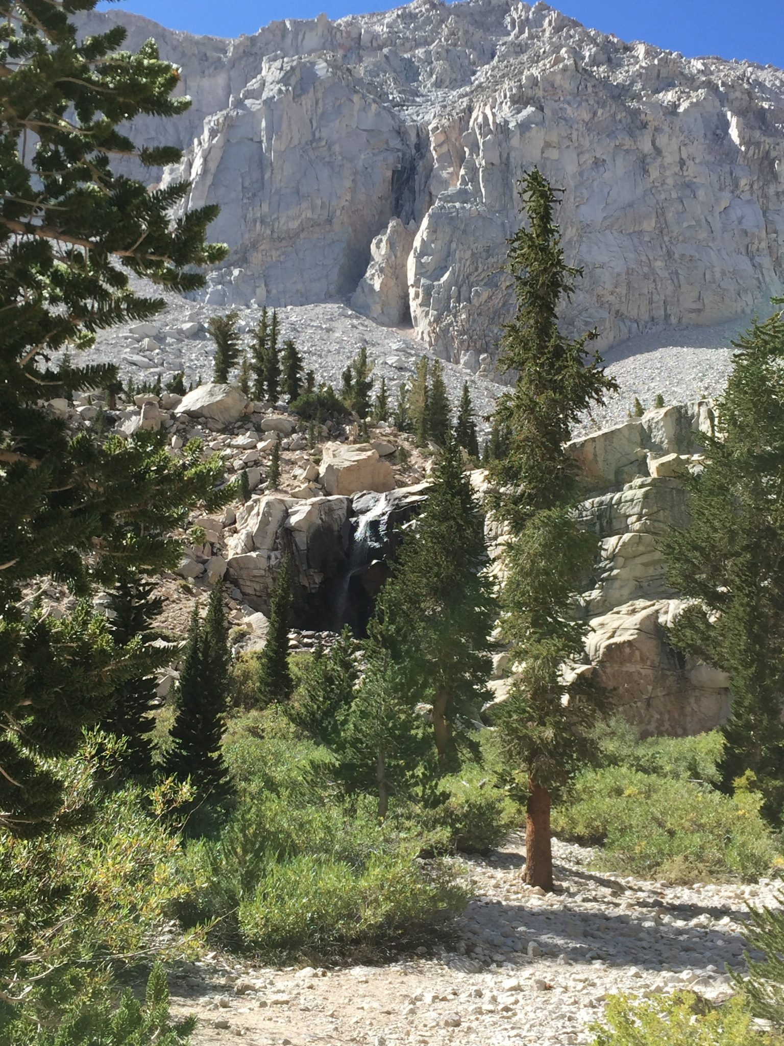 On the way down to Whitney Portal (9)
