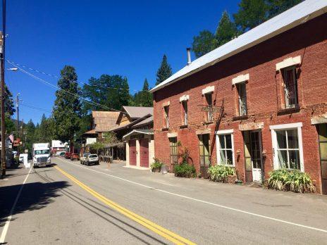 Main street in Sierra City