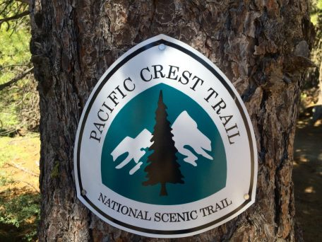 Trail marker with new PCT logo