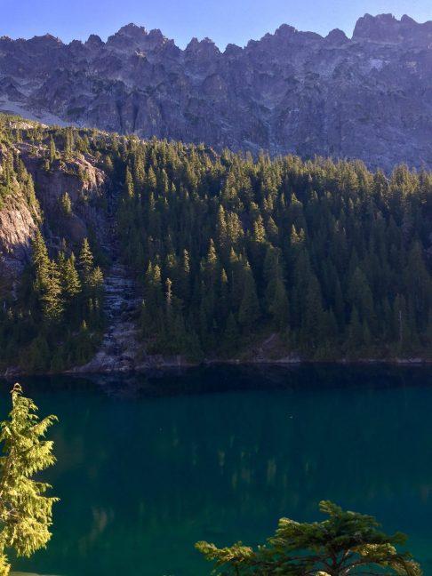 Deep green waters of Lake Ivanhoe