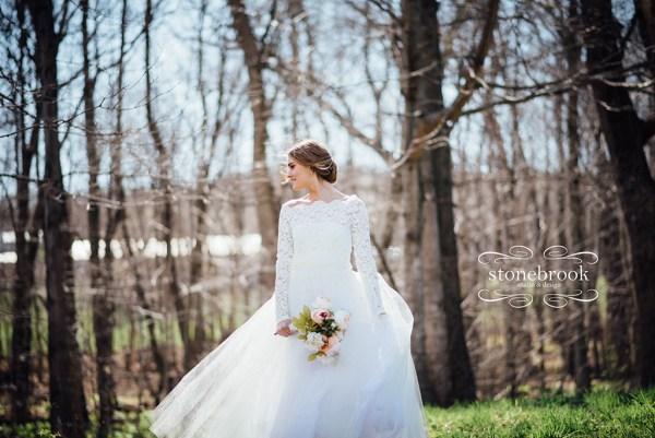 MassachusettsPhotographer-Photographer-bridalPortraits-Portraits-WeddingPhotographer-WeddingPhotography-22