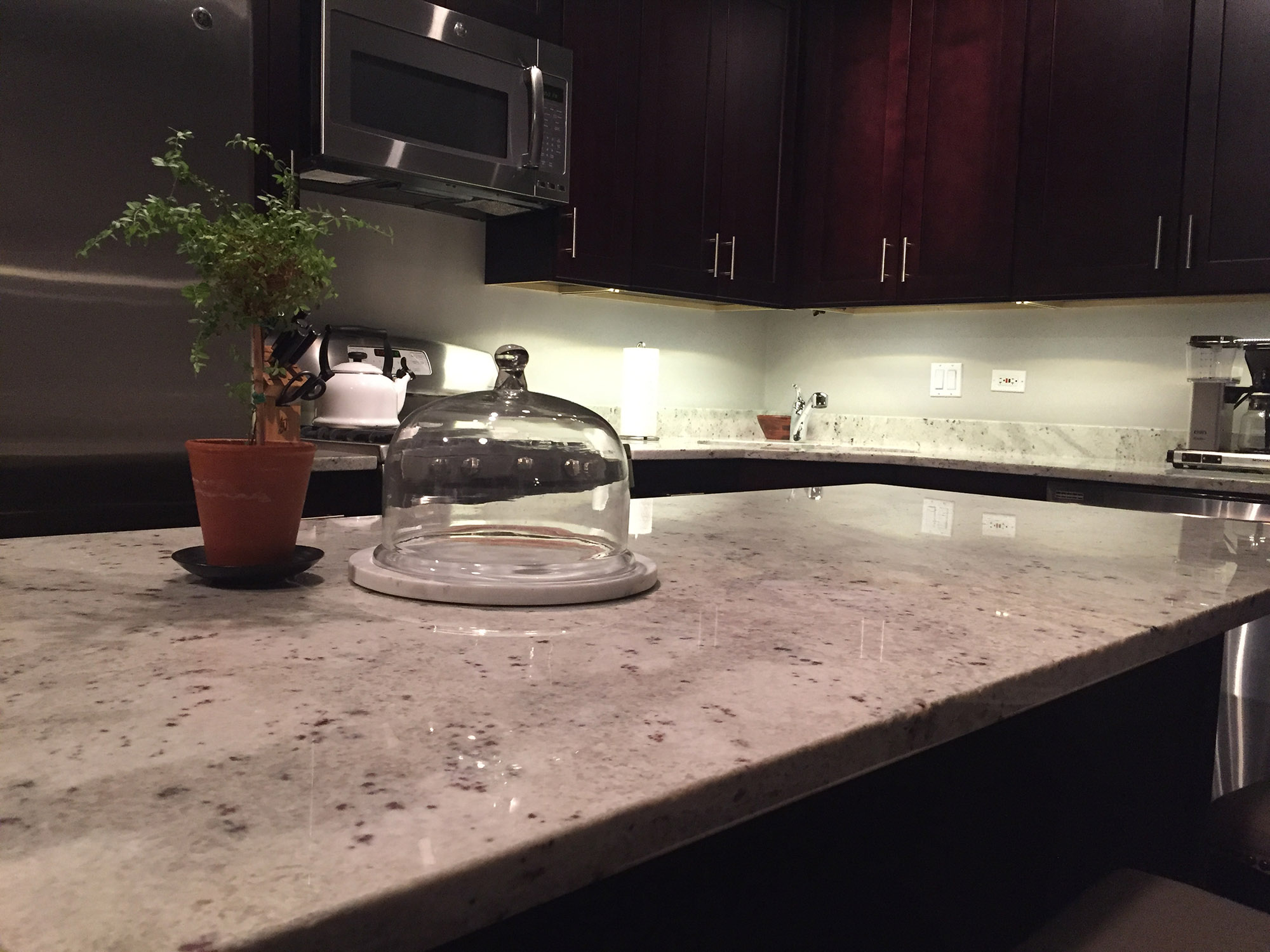 kitchen countertops white garden window river granite - stone city ...