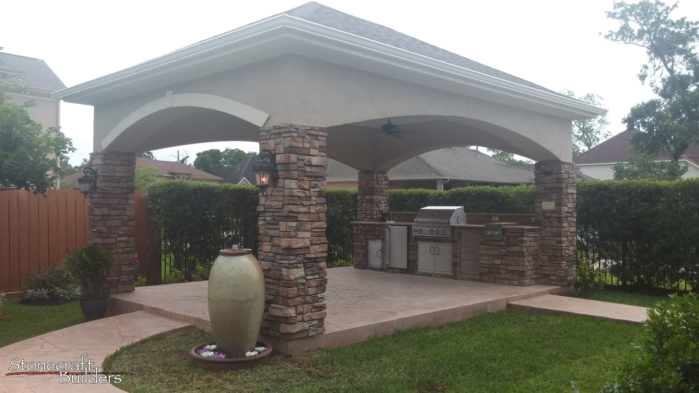 Outdoor Covered Patio Builders in Houston