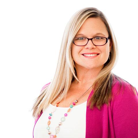 <strong>Emma Reynolds</strong><br /> Southern Divisional Field Director,<br /> <em>Field Ministry</em><br /> ereynolds@stonecroft.org