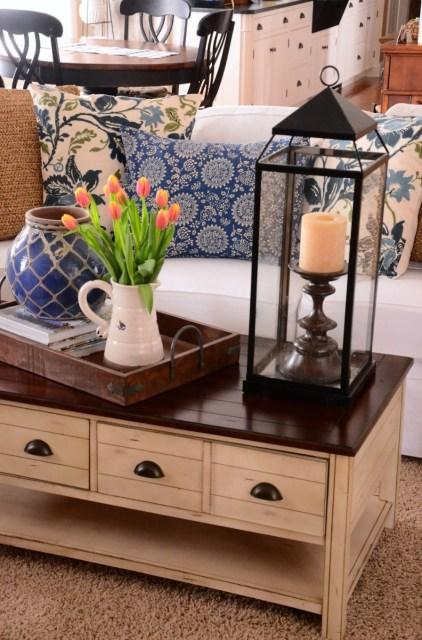 Winter decor adding blue to neutrals stonegable for Room 422 decor