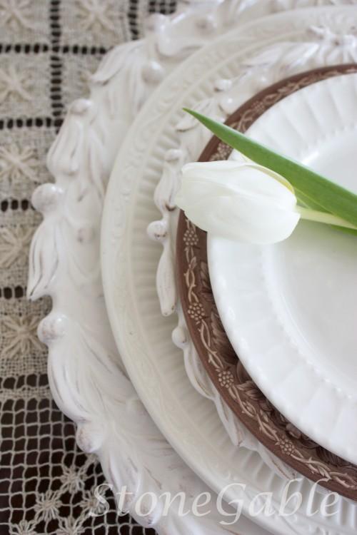 white dishes-stonegableblog.com