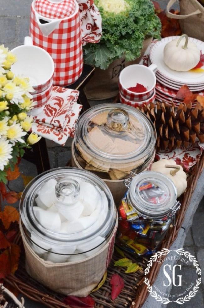 S'more Bar By The Firepit-in basket-stonegableblog.com