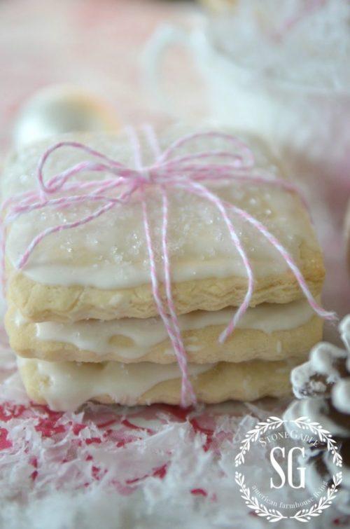 MY FAVORITE SUGAR COOKIE-with white glaze and sugar-stonegableblog.com