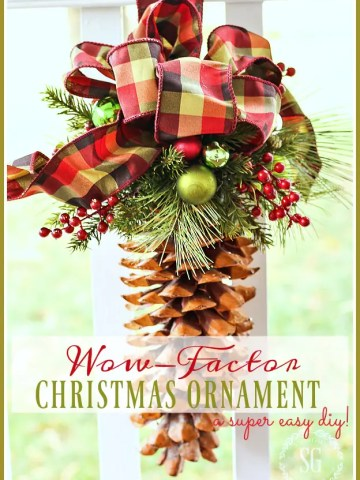 WOW FACTOR CHRISTMAS ORNAMENT