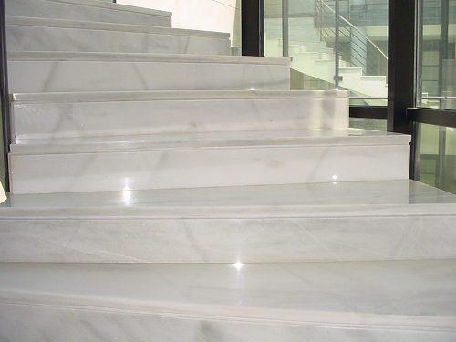 Escaleras granito mrmol