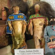 Doll Display 009