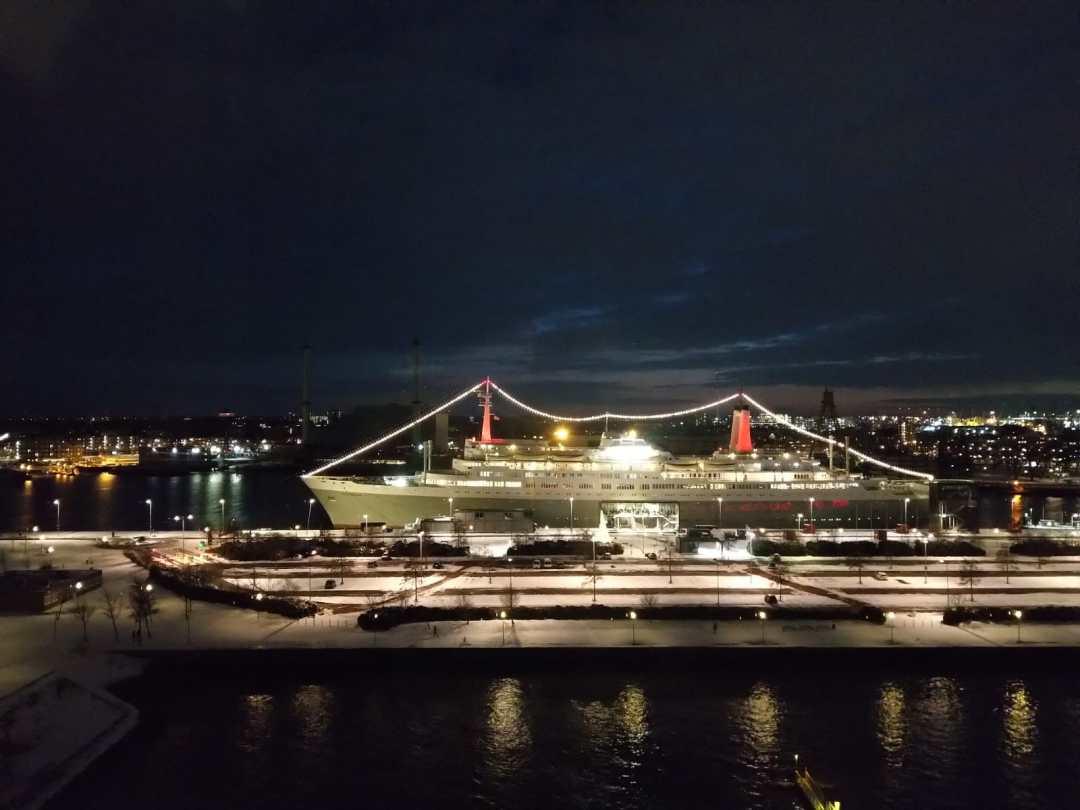 Valentine on the ss Rotterdam