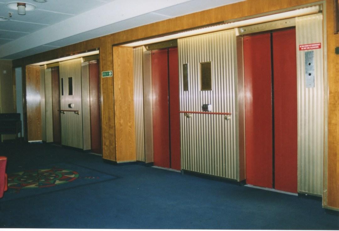 liften-op-upper-promenadedeck-sb-foto-klaas-krijnen-14012004