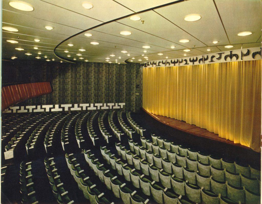 theater-broch